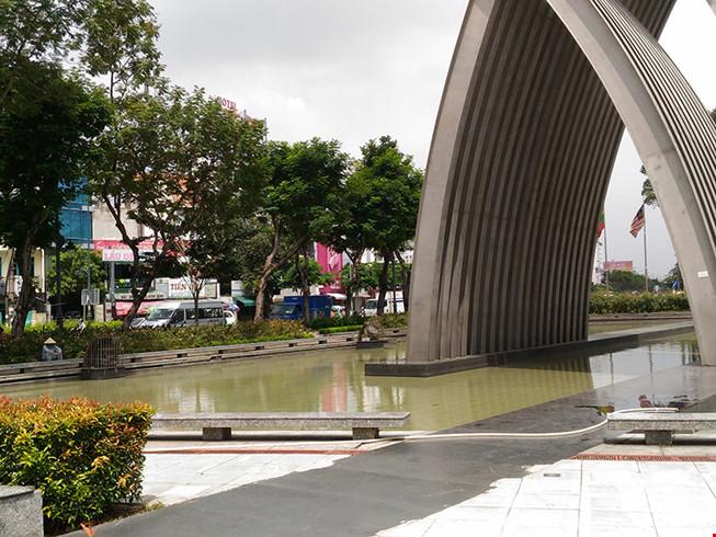 Nam thanh niên bị đánh chết trong công viên ở Sài Gòn - 1