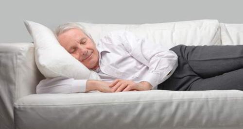 """Người mất ngủ lâu ngày muốn ngủ được phải biết """"hợp nhất thiên nhiên"""" - 1"""