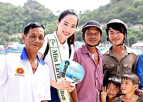 Nam Em đẹp tinh khôi trong clip mang tới Miss Earth - 1