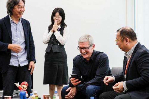 Tim Cook gặp gỡ ban lãnh đạo Nintendo để… chơi game - 2