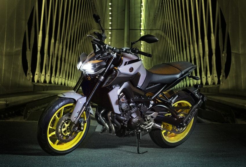 Ra mắt Yamaha MT-9 2017 nâng cấp - 1