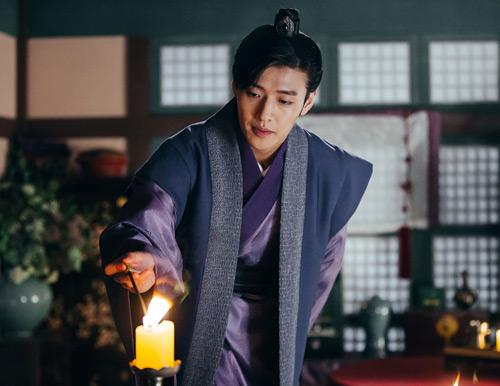 """Kang Ha Neul: """"Người tình ánh trăng là thử thách lớn nhất"""" - 3"""
