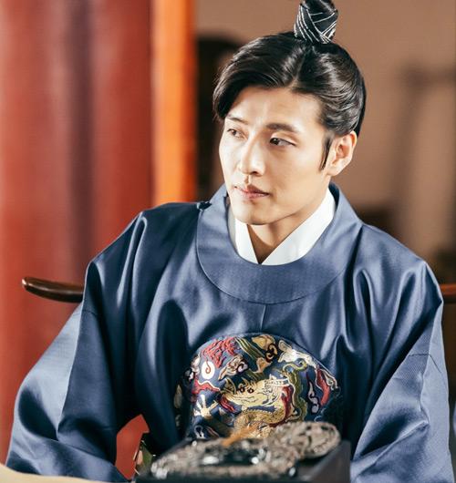 """Kang Ha Neul: """"Người tình ánh trăng là thử thách lớn nhất"""" - 2"""