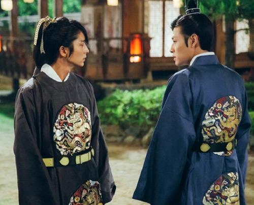 """Kang Ha Neul: """"Người tình ánh trăng là thử thách lớn nhất"""" - 4"""