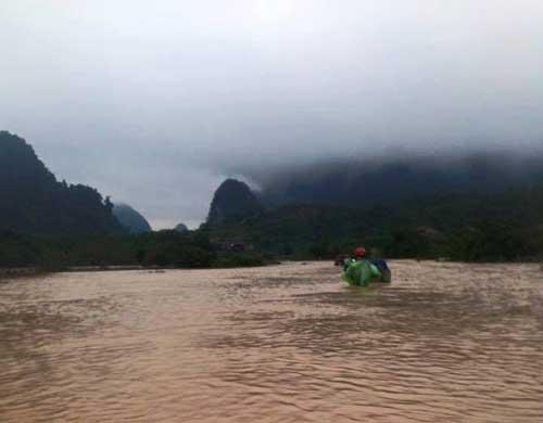 Quảng Bình – Quảng Trị: Ngập sâu trong mưa, 1 người mất tích - 3