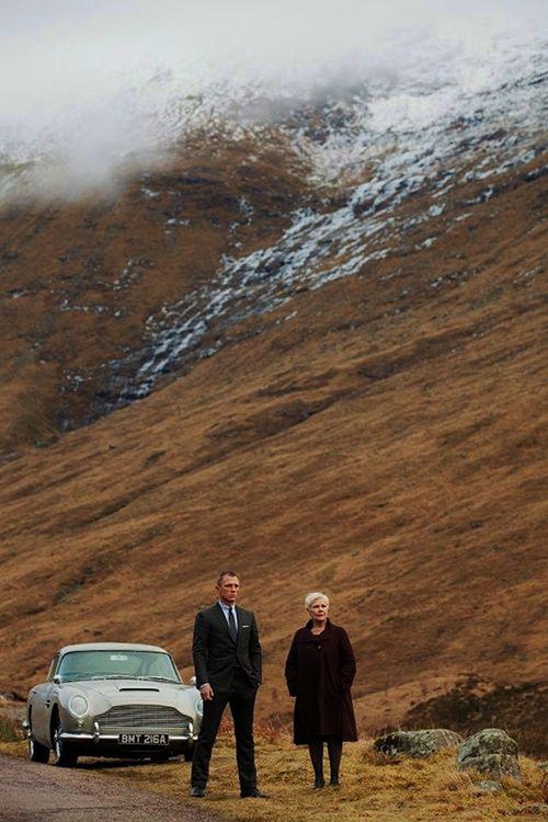"""Những khoảnh khắc đáng giá nghìn tỷ của """"điệp viên 007"""" - 11"""
