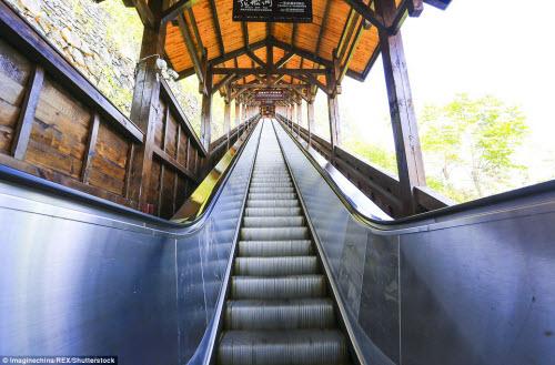 TQ mở cửa thang máy ngắm cảnh dài nhất thế giới - 5
