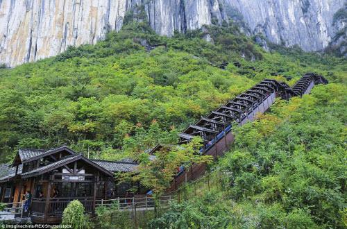 TQ mở cửa thang máy ngắm cảnh dài nhất thế giới - 8