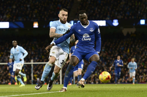 Man City - Everton: Xem Man xanh vượt khó - 2