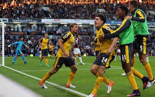 Arsenal – Swansea: Kỳ đà cản mũi - 1