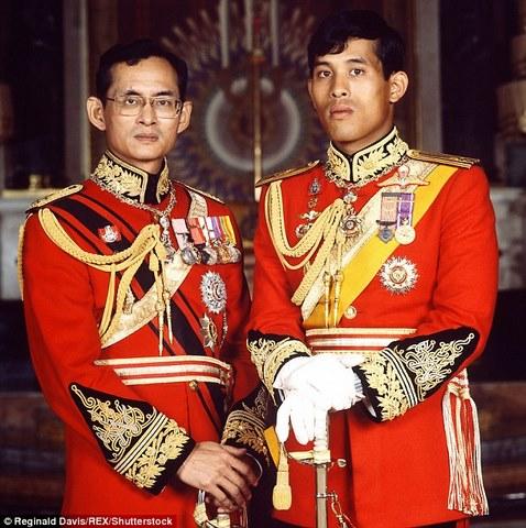 """Hình ảnh """"tay chơi"""" của người sắp trở thành vua Thái Lan - 1"""