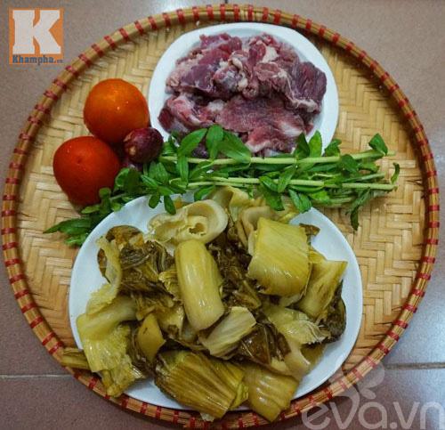 Gân bò hầm dưa cải chua thơm ngon đậm đà - 1