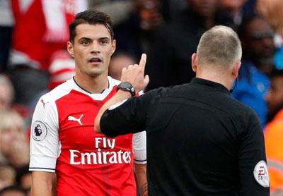 Chi tiết Arsenal - Swansea: Lỡ ngôi đầu bảng (KT) - 8