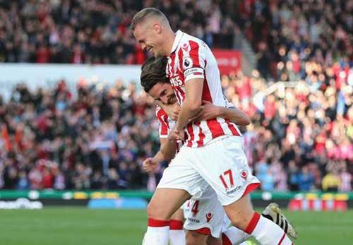 """Stoke – Sunderland: """"Hàng thải"""" Liverpool rực sáng - 1"""
