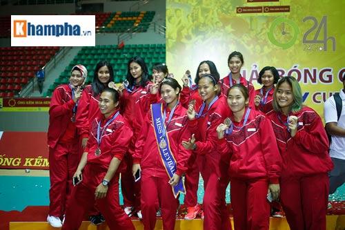 Người đẹp Indonesia đăng quang Hoa khôi VTV Cup 2016 - 8