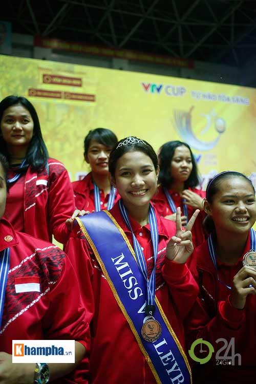 Người đẹp Indonesia đăng quang Hoa khôi VTV Cup 2016 - 6