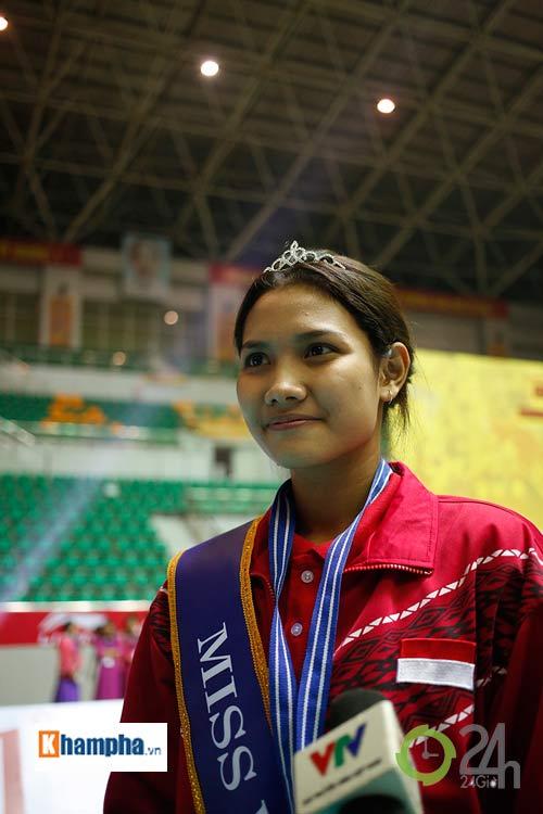 Người đẹp Indonesia đăng quang Hoa khôi VTV Cup 2016 - 10