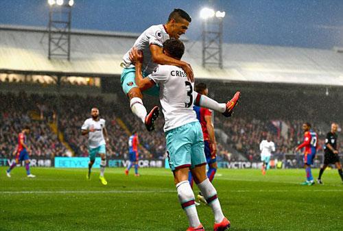 Crystal Palace – West Ham: Thoát khỏi vũng lầy - 1