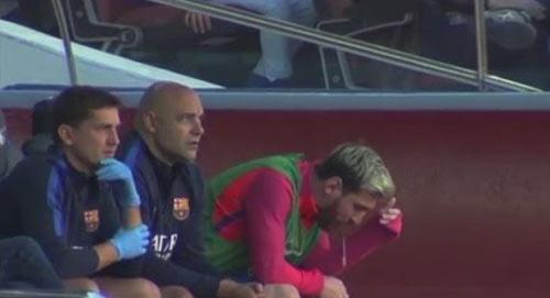 Messi lại nôn khan, vẫn lập kỷ lục La Liga mới - 2