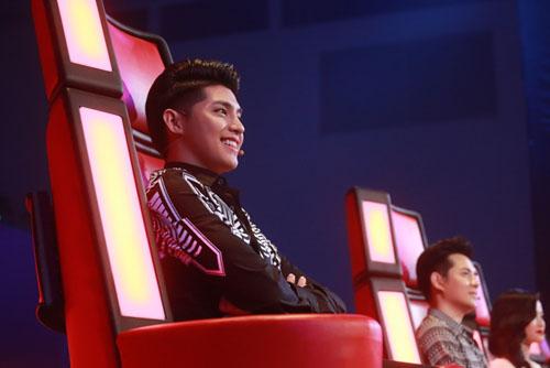 """Noo Phước Thịnh đã hết """"mít ướt"""" tại The Voice Kids - 1"""