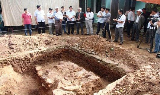 """Tìm thấy """"dấu vết"""" cung điện vua Quang Trung - 2"""