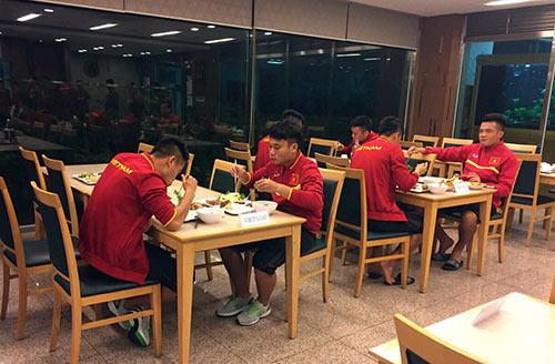 Đến Hàn Quốc, ĐTVN sắp đấu đội 5 lần vô địch K-League - 5