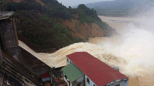 Điều tra việc xả lũ thủy điện Hố Hô gây ngập lụt - 1