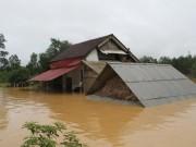 Tin tức trong ngày - Thủy điện xả lũ quá nhanh, hàng chục ngàn nhà dân ngập