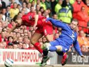 """Bóng đá - """"Đặc sản"""" Liverpool – MU: Những cú tắc """"ăn thua đủ"""""""