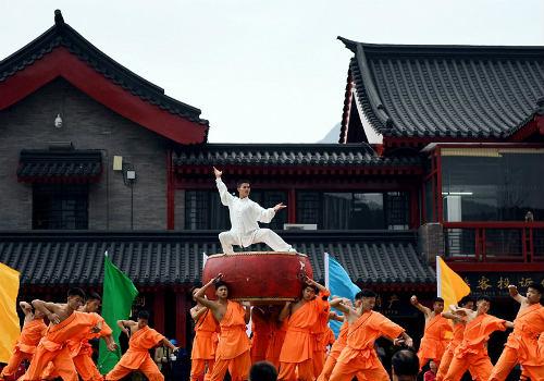 Choáng ngợp màn đồng diễn võ Thiếu Lâm tuyệt đỉnh - 11