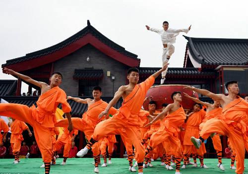 Choáng ngợp màn đồng diễn võ Thiếu Lâm tuyệt đỉnh - 1
