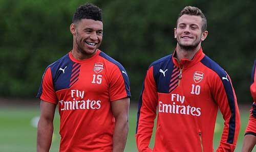 Chamberlain đòi rời Arsenal: Đừng để chảy máu chất xám - 1