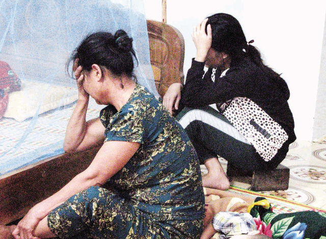 Nước mắt ở vùng rốn lũ miền Trung - 1