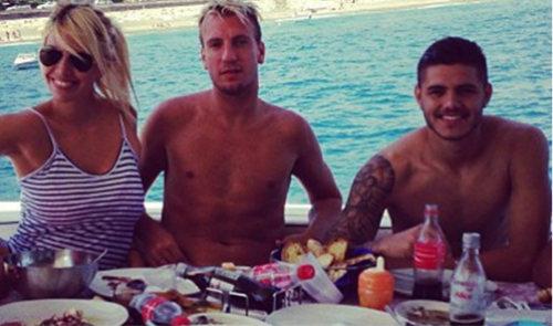 Sao Inter bị mafia dọa bẻ gãy chân vì dám cướp vợ bạn - 1