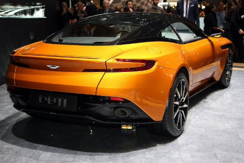Aston Martin DB11 về châu Á giá chênh khủng khiếp - 3
