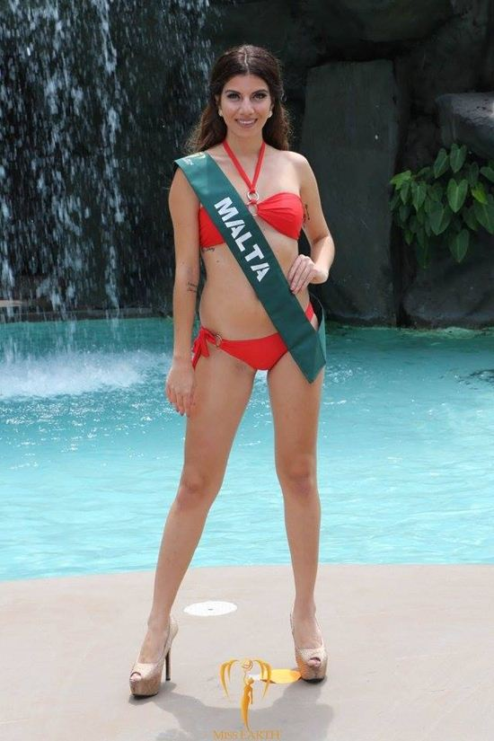Choáng nặng vòng eo 81 cm của thí sinh Hoa hậu Trái đất - 2