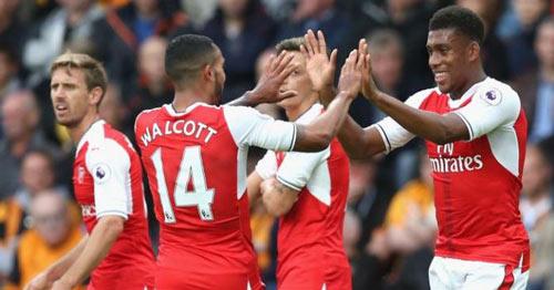 """Arsenal: """"Bay cao"""" cùng bộ tứ tấn công ảo diệu - 1"""