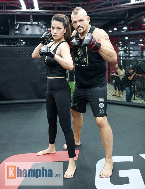 """2 kiều nữ Việt Nam """"hạ knock-out"""" huyền thoại UFC - 6"""