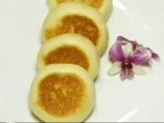 Bánh mì nướng nhân trứng, mè đen giòn thơm ngất ngây