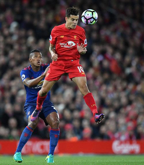 """Liverpool - MU & những pha bóng """"nóng hừng hực"""" - 4"""