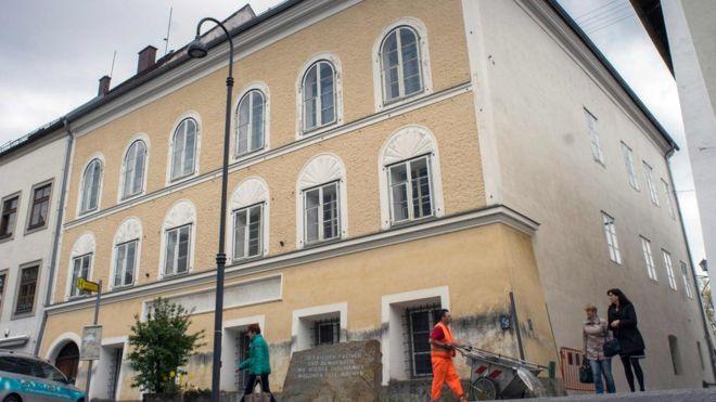 Nơi chào đời của trùm phát xít Hitler ở Áo sẽ bị phá hủy - 1