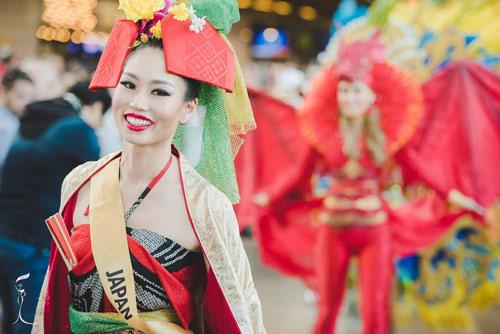 Sốc với Hoa hậu Trung Quốc mặt già nhăn - 4