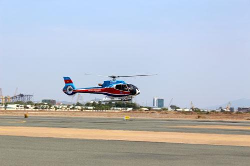Thủ tướng: Khẩn trương tìm kiếm cứu nạn vụ trực thăng rơi - 1
