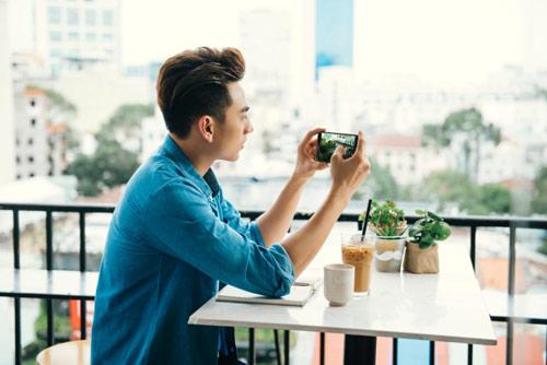 Thái tử Isaac tiết lộ bí quyết chụp hình đẹp bằng điện thoại - 4
