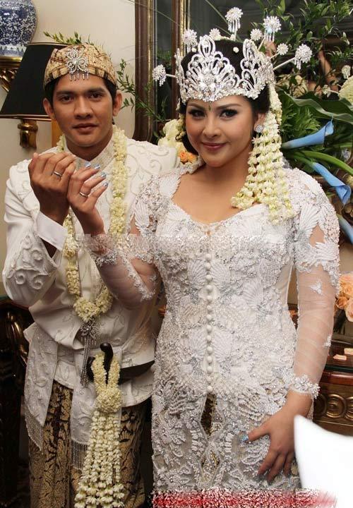 """""""Lý Tiểu Long Indonesia"""" - Ngôi sao tình cảm với vợ con - 2"""
