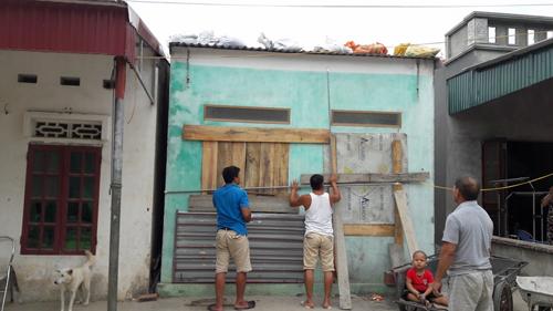 Quảng Ninh-Hải Phòng cấm biển, căng mình ứng phó bão số 7 - 1