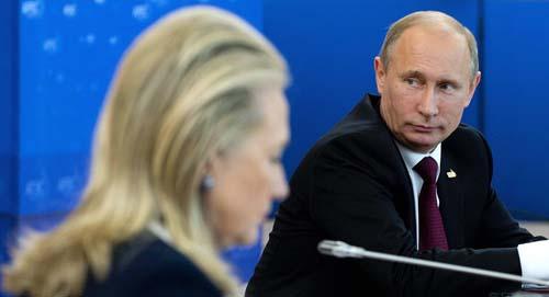 """Vì sao ông Putin """"sợ"""" bà Clinton làm Tổng thống Mỹ? - 2"""