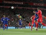Bóng đá - MU xấu xí vá triết lý lỗi thời của Mourinho