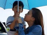 Ca nhạc - MTV - Hà Hồ đưa con trai về quê Quảng Bình cứu trợ dân vùng lũ