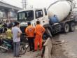 TPHCM: Xe bồn đâm dải phân cách, xa lộ Hà Nội kẹt cứng